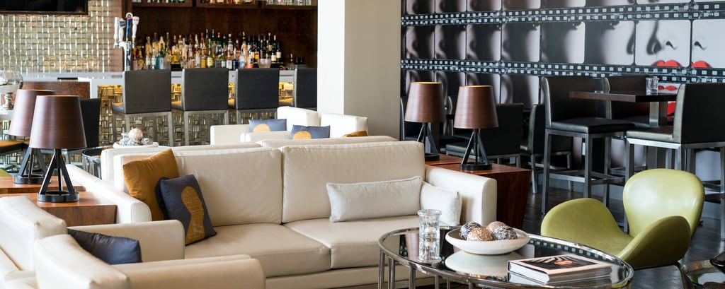 Bars And Restaurants In Burbank Springhill Suites Los