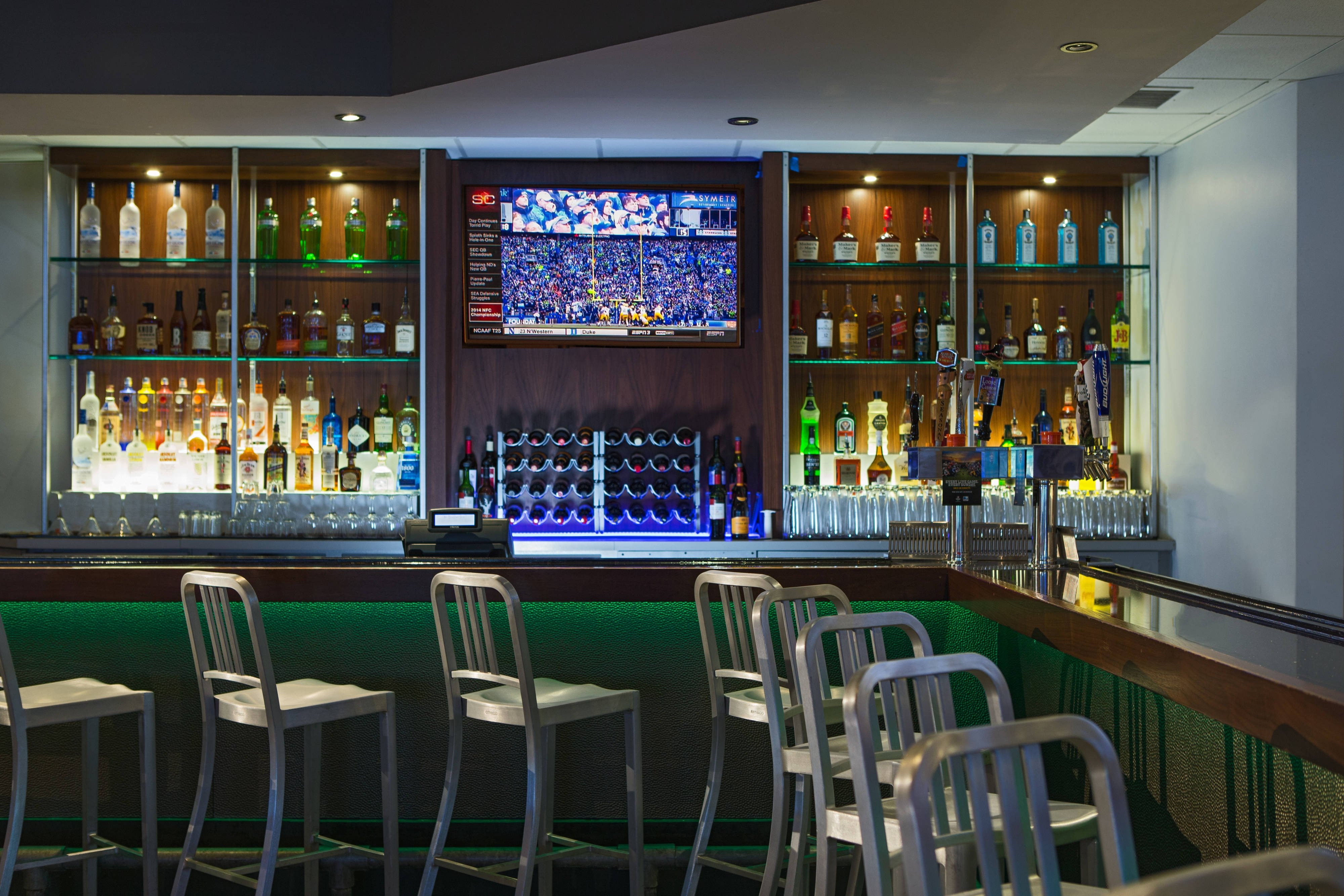 Linthicum Sports Bar and Restaurant