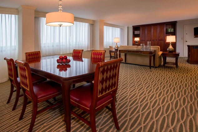 BWI hotel suite dining area