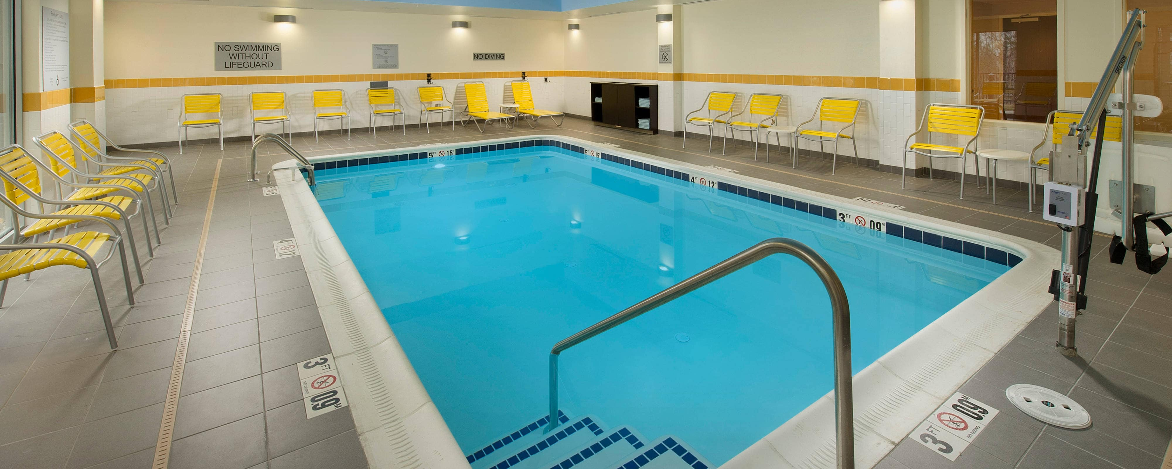 Hanover MD hotel indoor pool