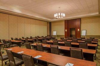 Salon Breakout Room