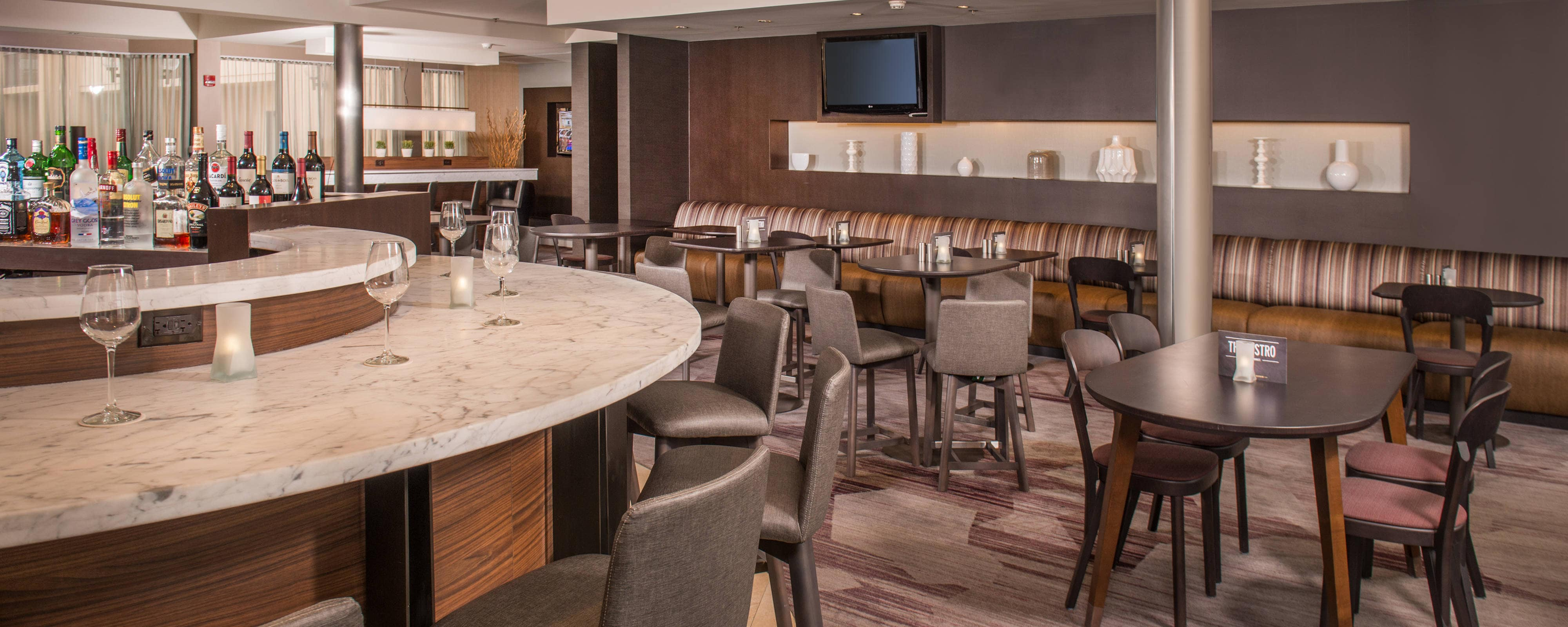The Bistro – Sitzbereich – Courtyard Baltimore BWI Airport
