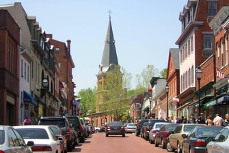 Main Street Shopping & Dining