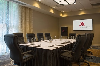 Baltimore, MD boardroom meeting space