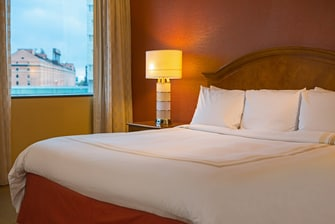 Baltimore hotel larger king room