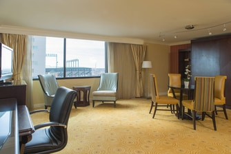 Baltimore Inner Harbor Parlor Suite