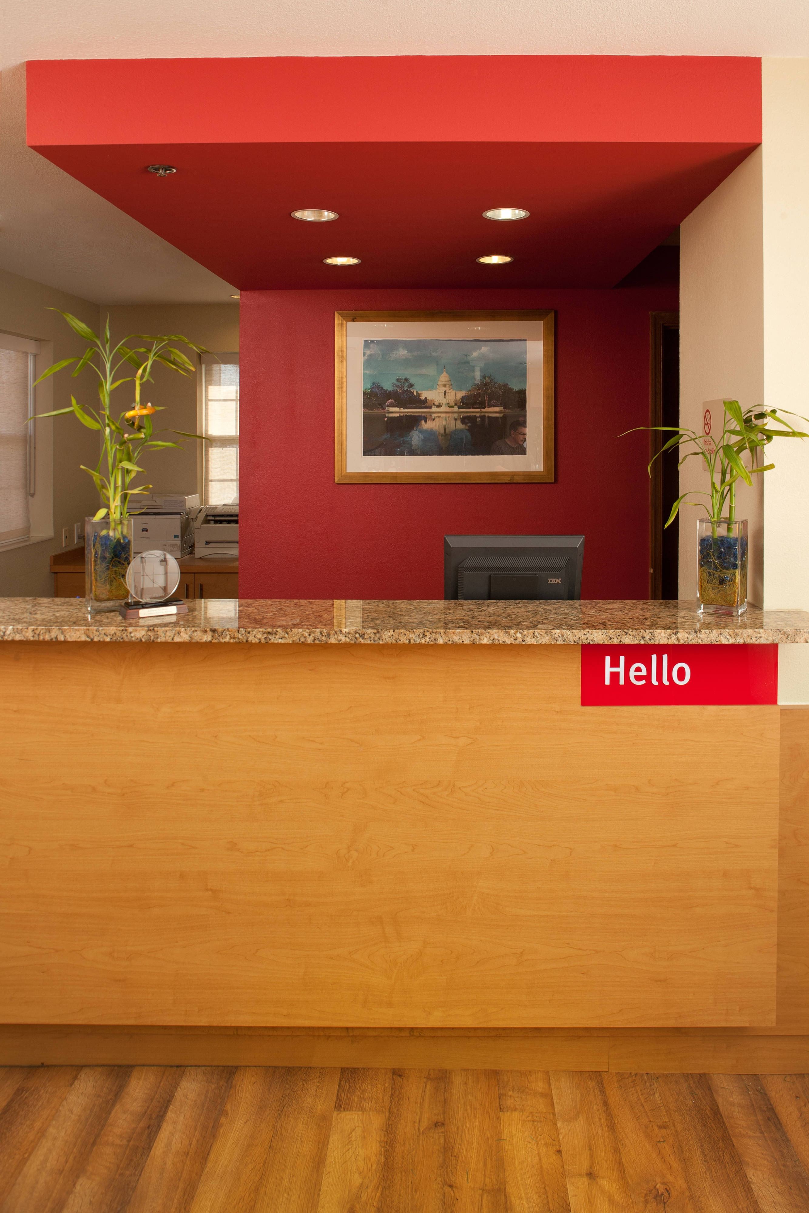 TownePlace Suites Fort Meade Front Desk