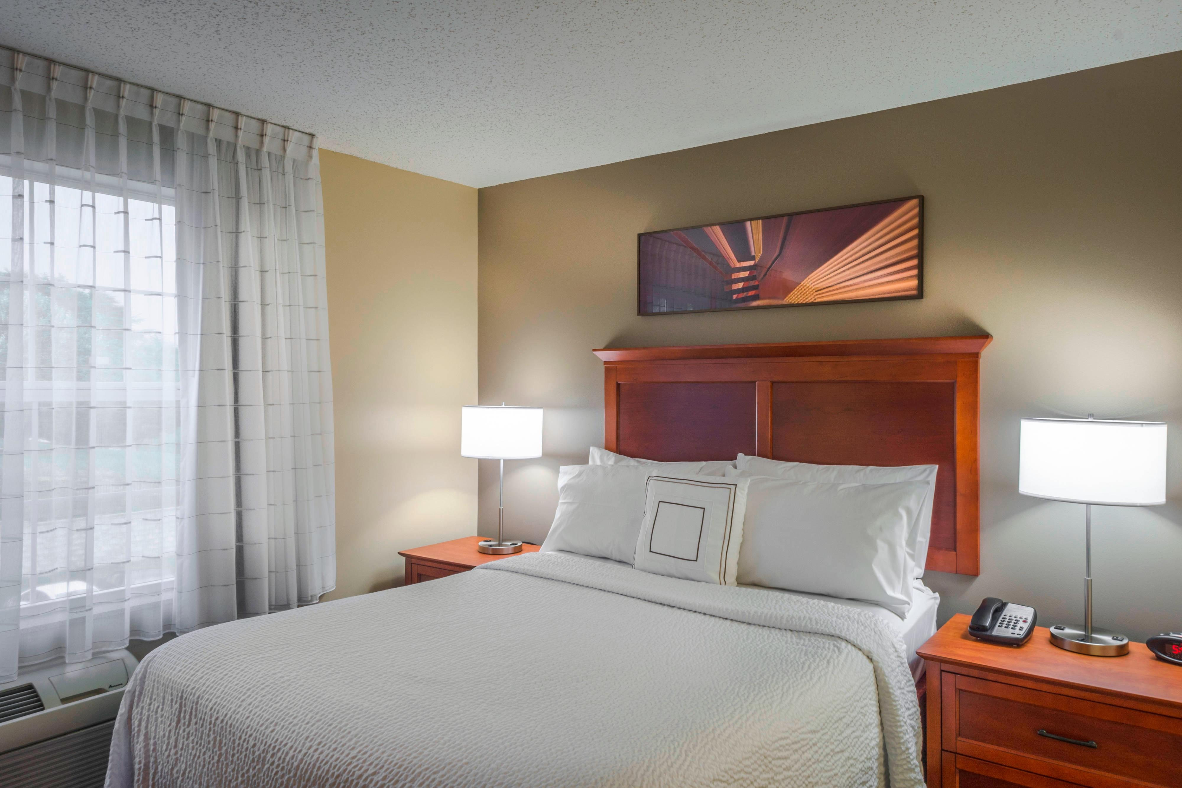 Extended stay linthicum md hotels towneplace suites baltimore queen studio suite solutioingenieria Gallery