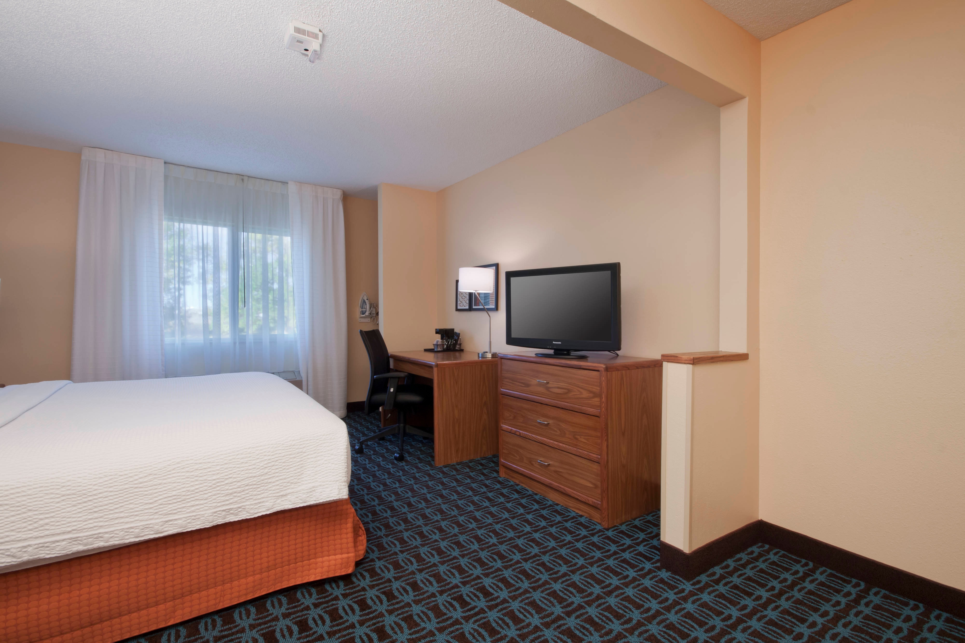 Bozeman Hotel Accessible Guest Room