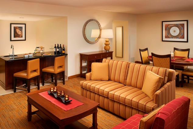 Guest rooms in downtown Columbia