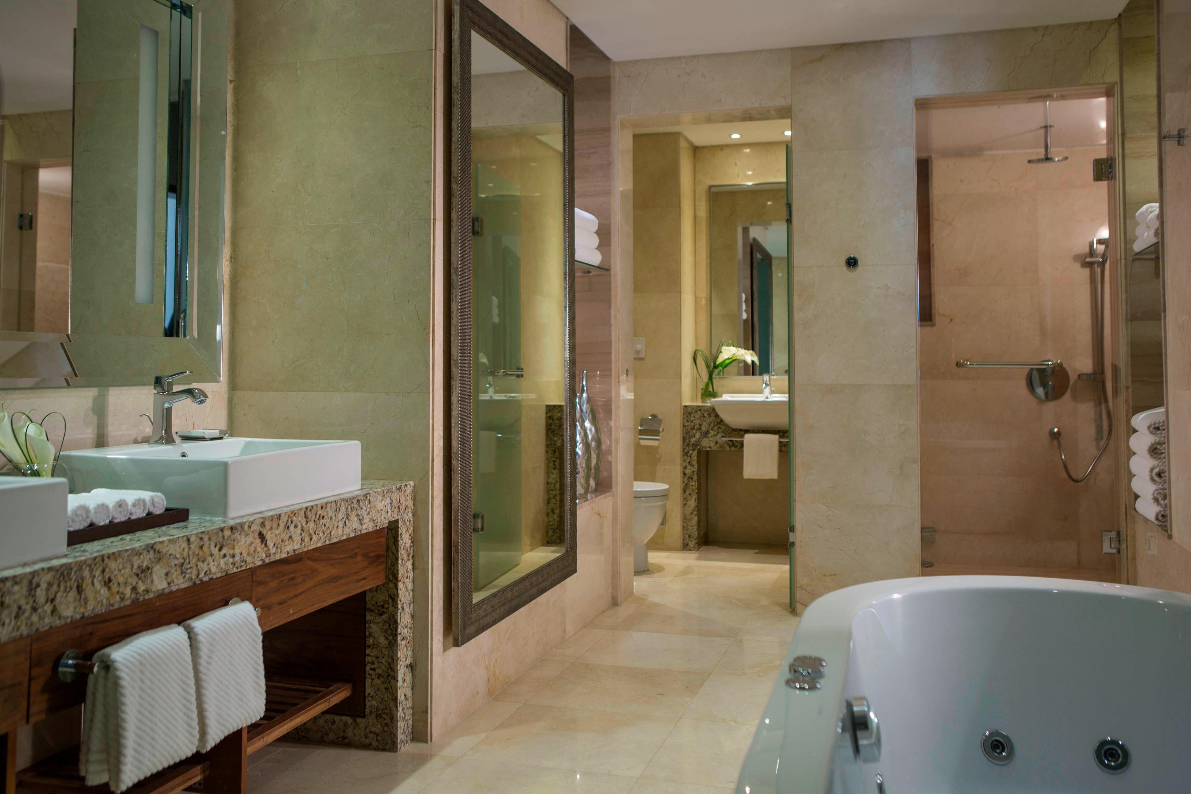Heliopolis Cairo hotel suite bathroom