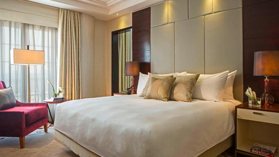 5-star hotel suite bedroom Cairo
