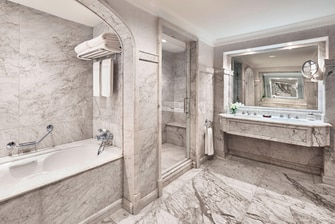 Cairo luxury resort suite bathroom