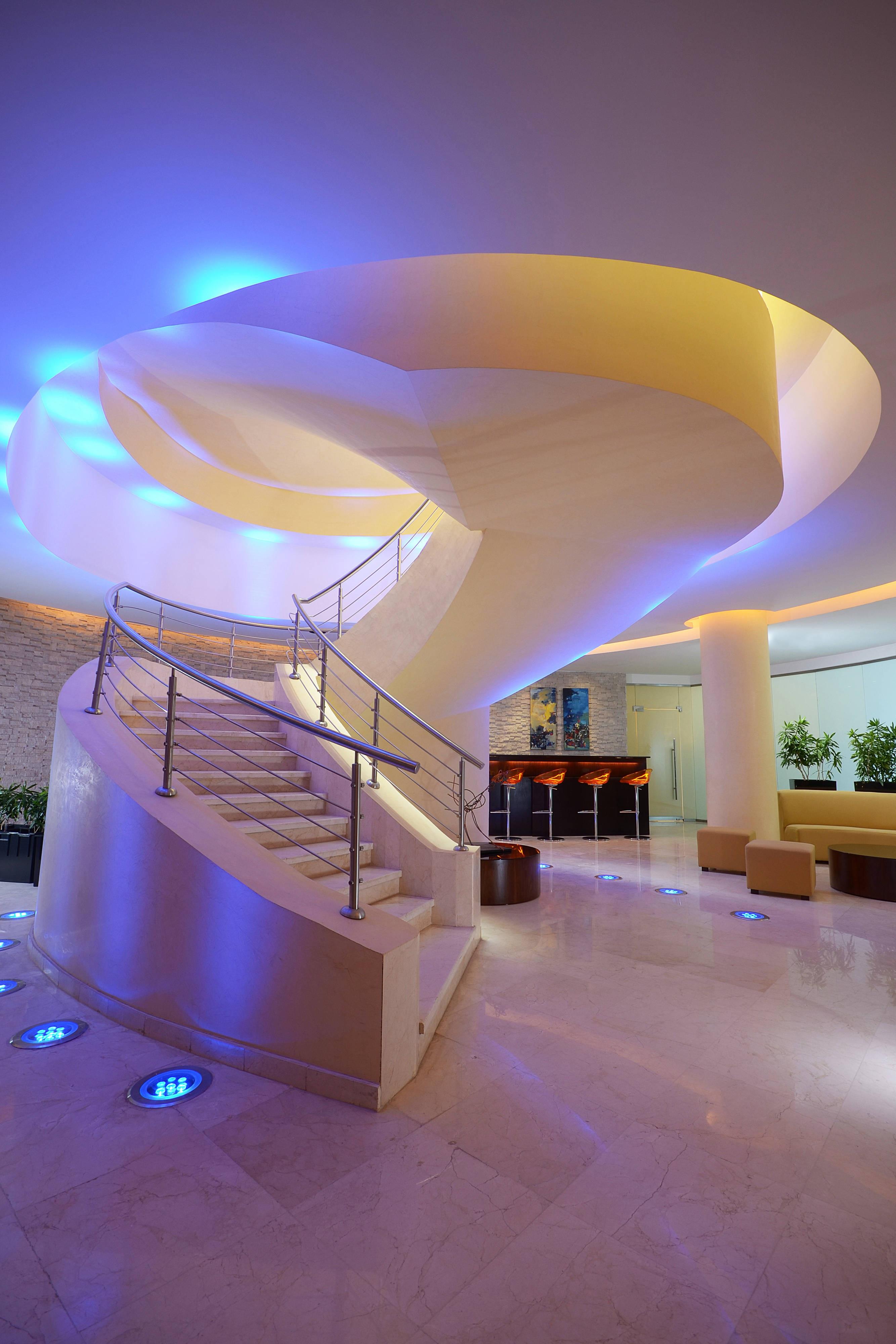 Explore Spa - Entrance Staircase