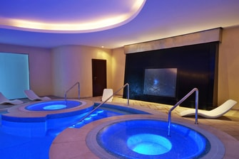 Explore Spa – Pool und Jacuzzi