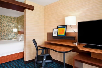 King Suite Hotel in Akron