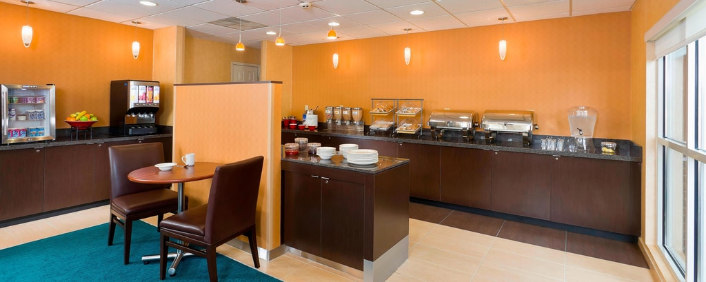 Phenomenal Canton Oh Hotel With Free Breakfast Residence Inn Canton Download Free Architecture Designs Ferenbritishbridgeorg