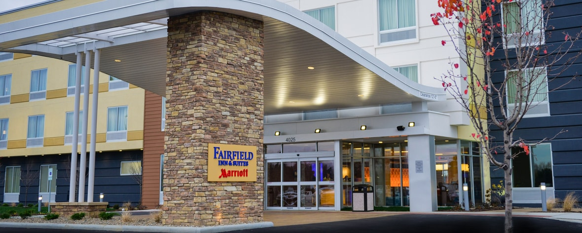 Fairfield Inn Suites Canton South