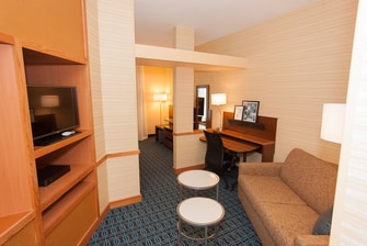 Marriott Fairfield Akron South Suite