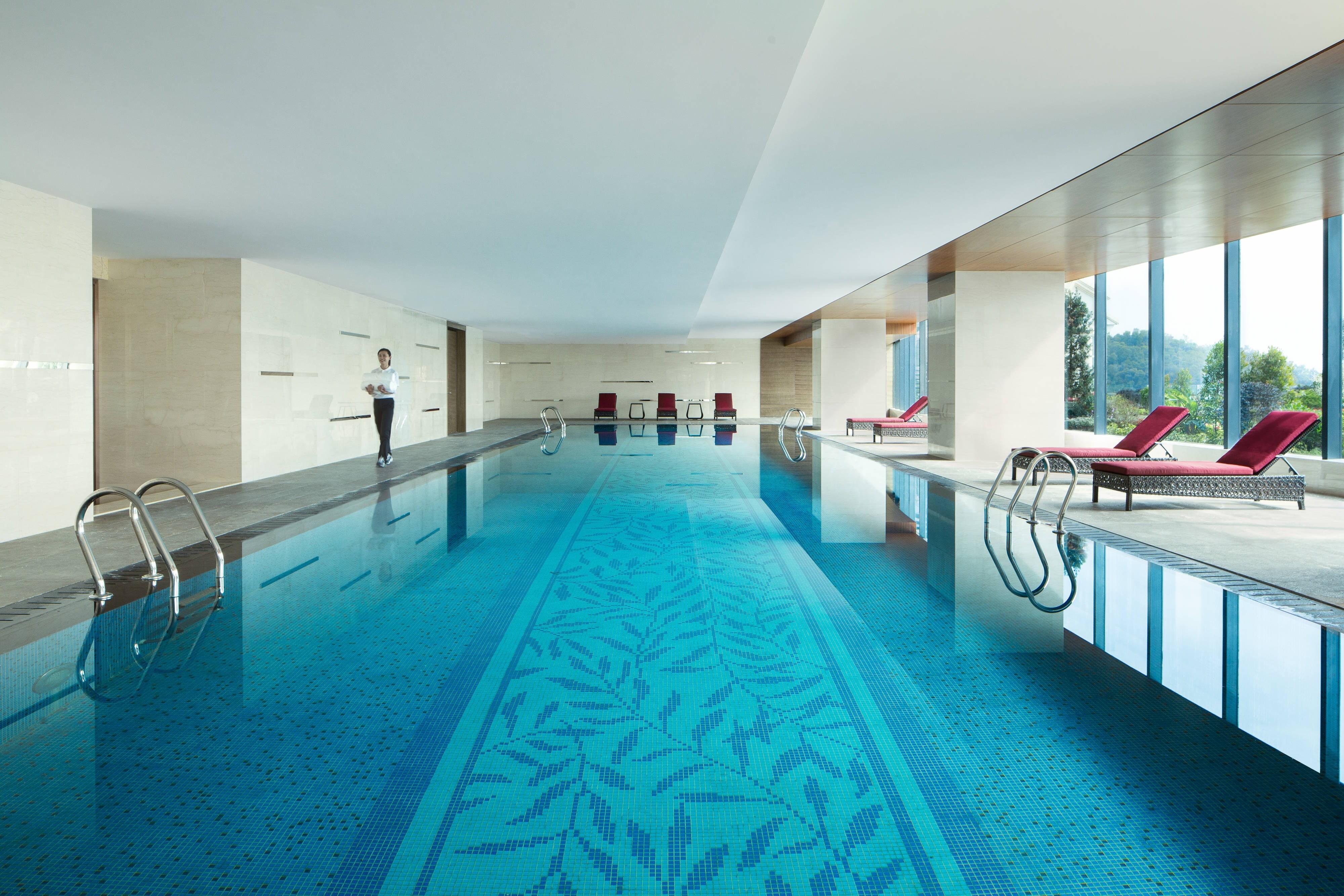 Shunde Marriott Hotel swimming pool