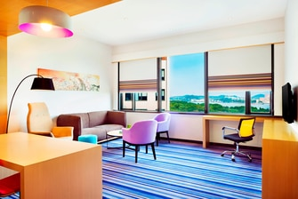 Sweet Suite - Living Room