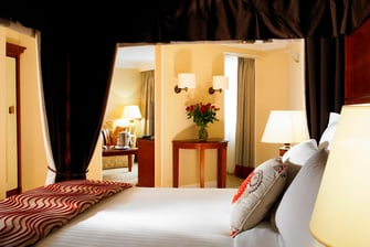 Romantic Hotel Room in Huntingdon