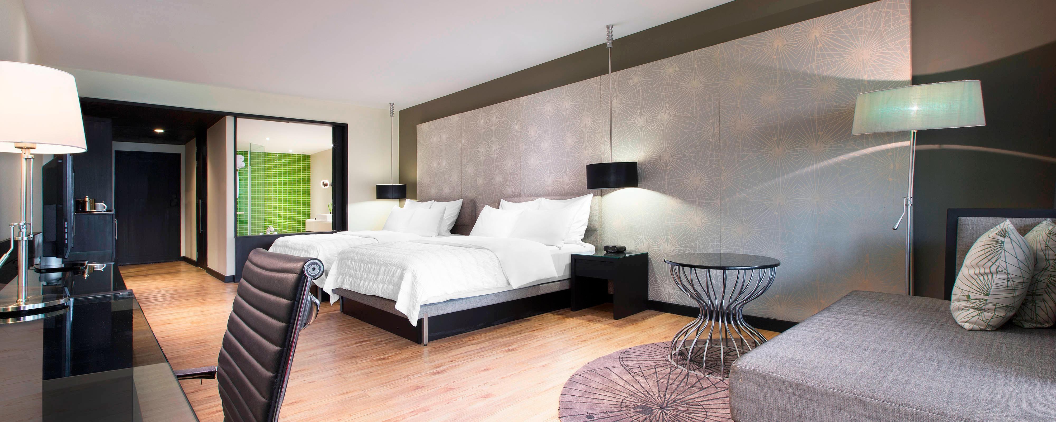 Deluxe Garden/River View - Bedroom