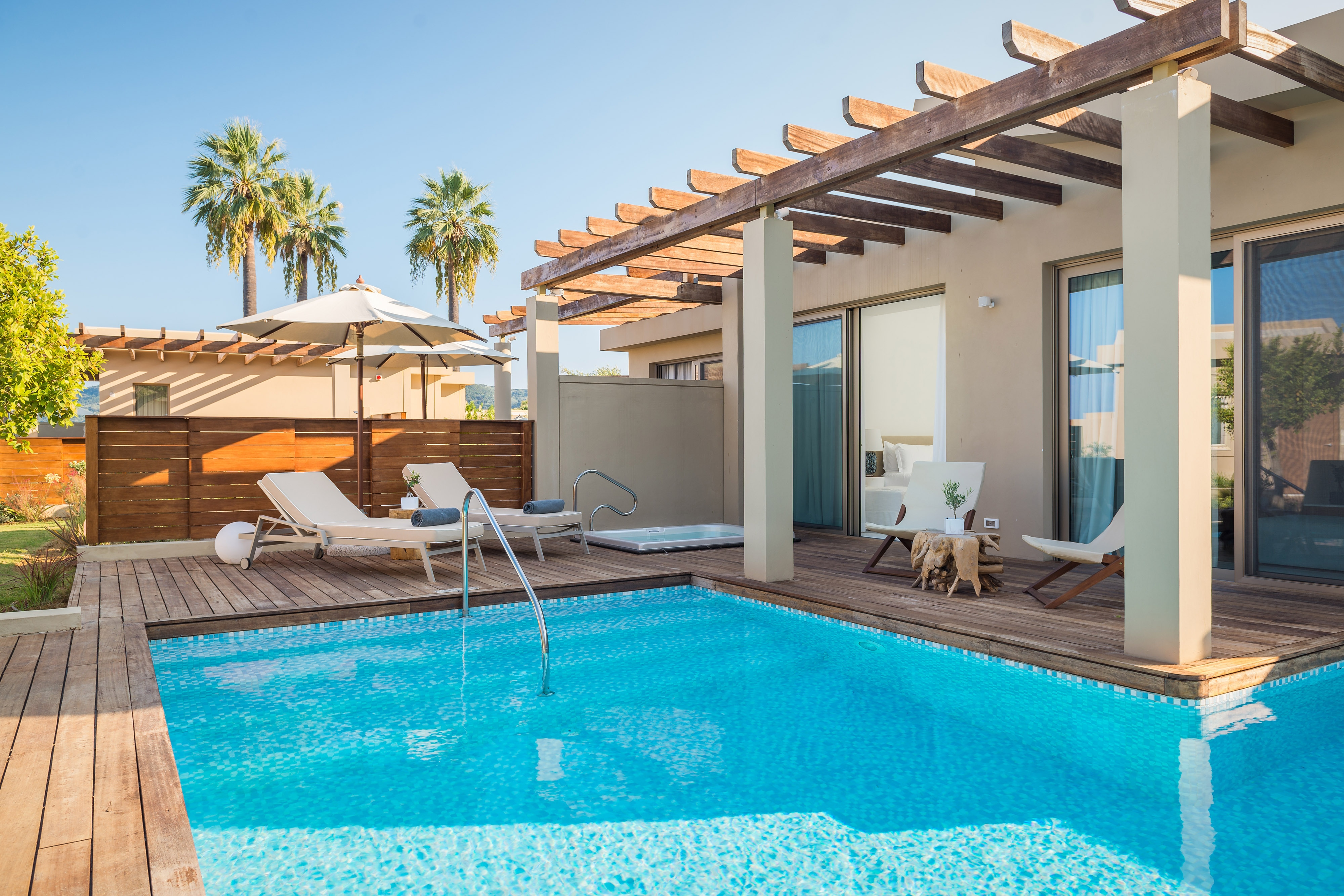Pavillon Suite – Terrasse mit Meerblick
