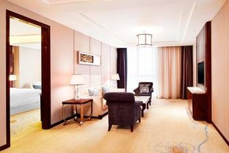 Central Suite