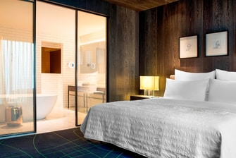 Le Meridien Suite - Bedroom