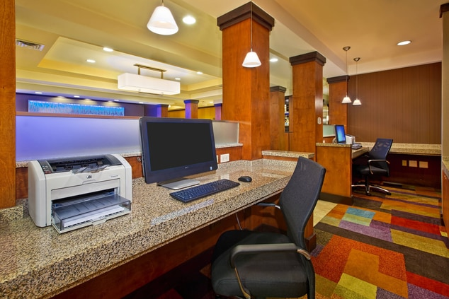 hotel business services