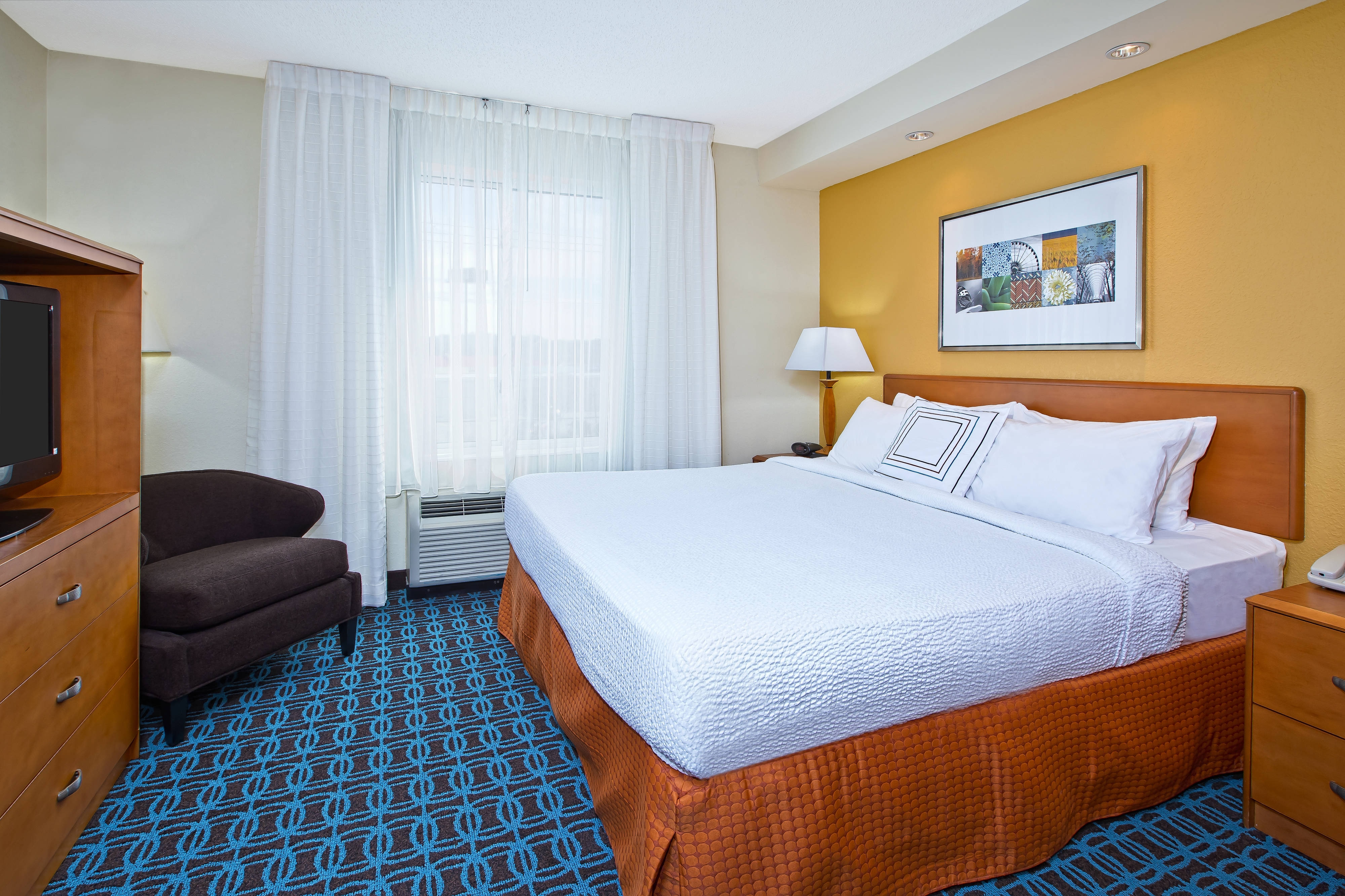 Hotel Bed