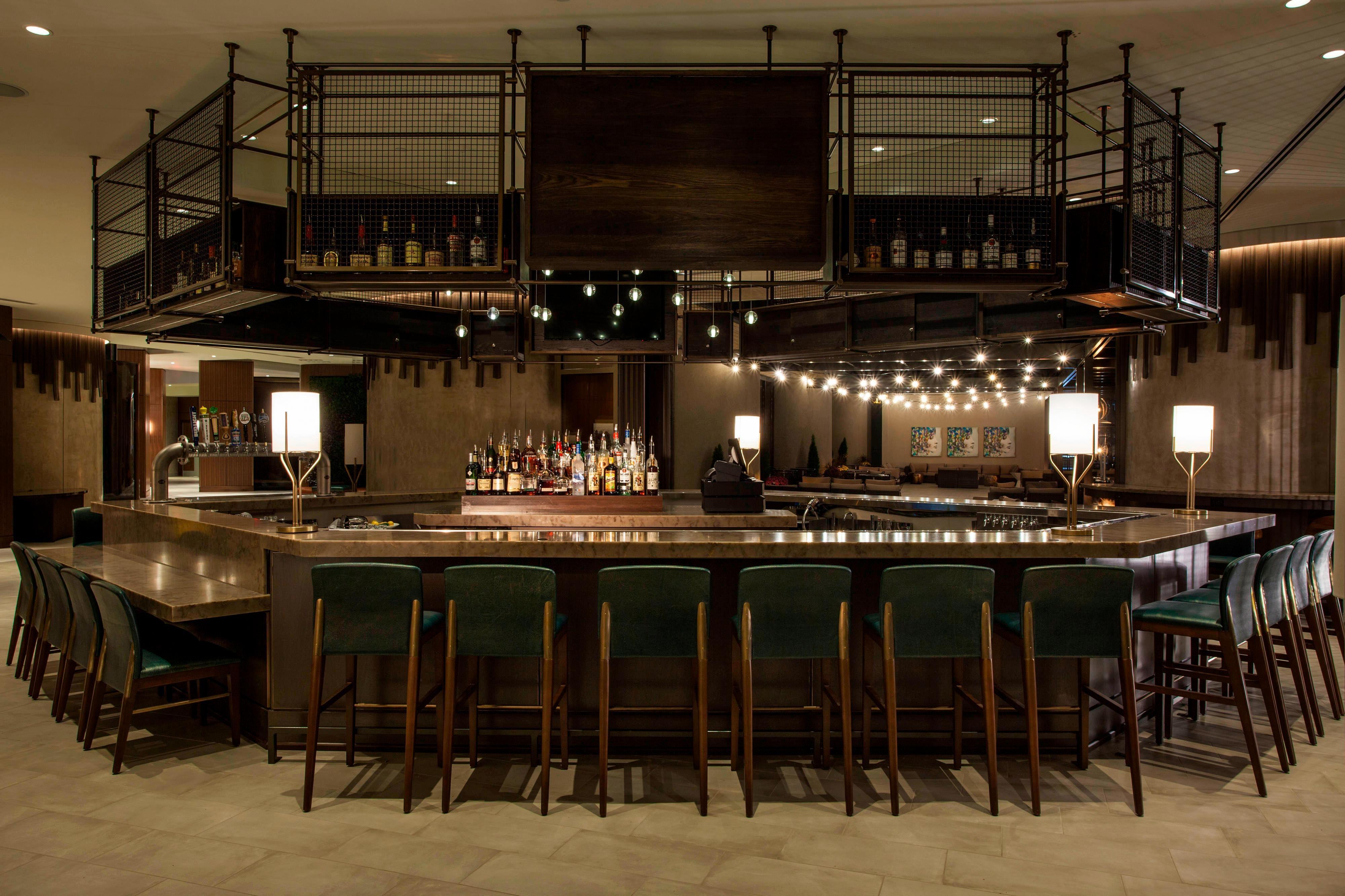 Dorato Lobby Bar
