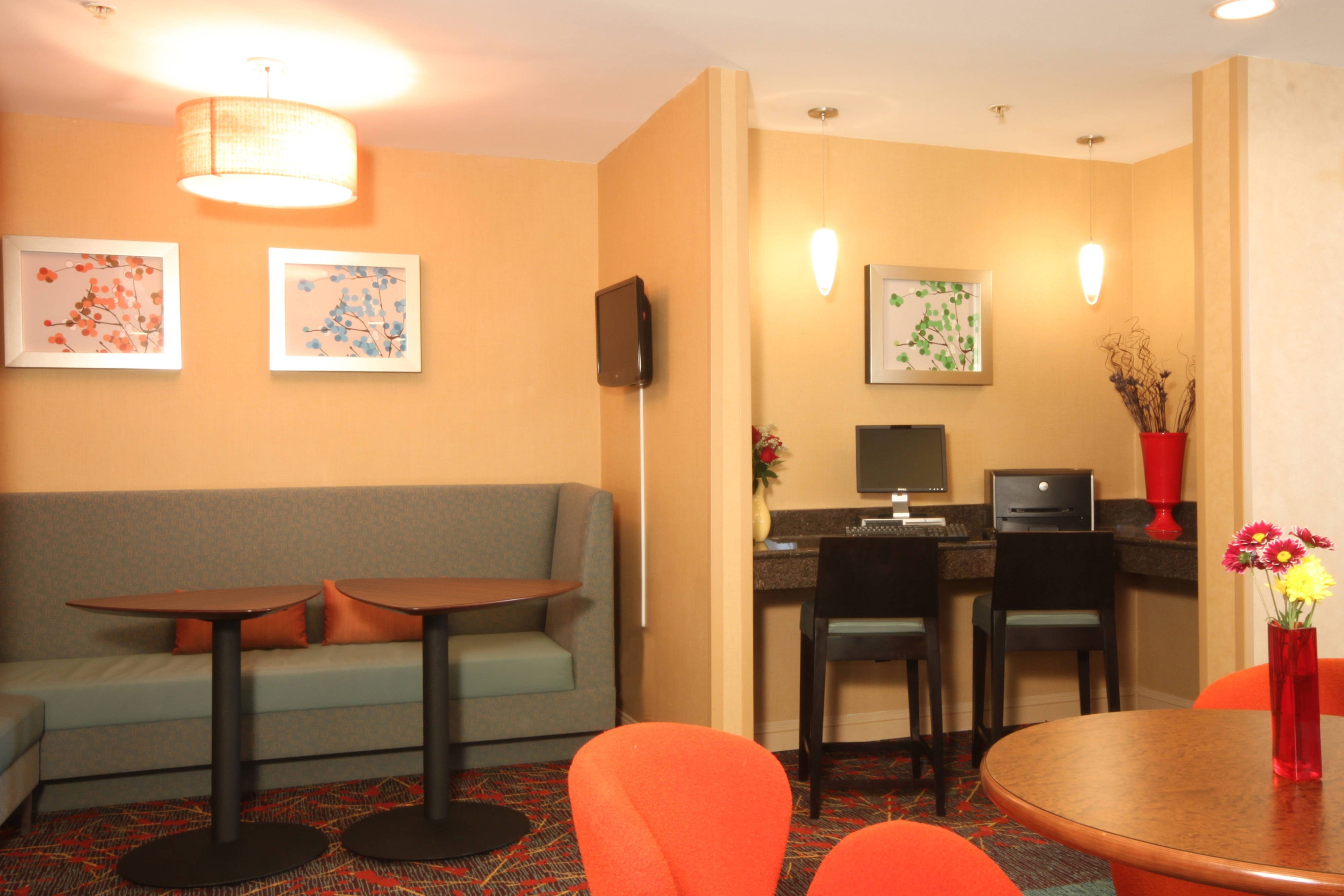 Bloomingdale Chicago hotel business travel
