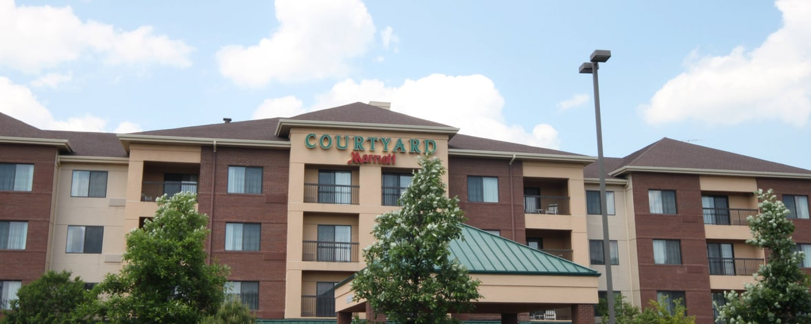 Hotels Near Bloomingdale Il