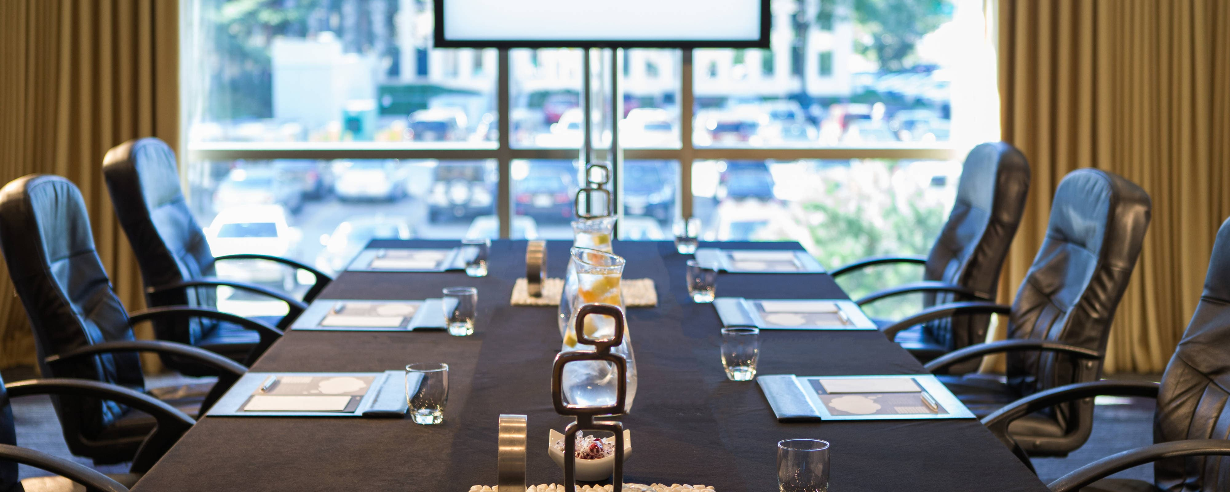Meeting space in chicago chicago o 39 hare hotel - Small event space brooklyn plan ...