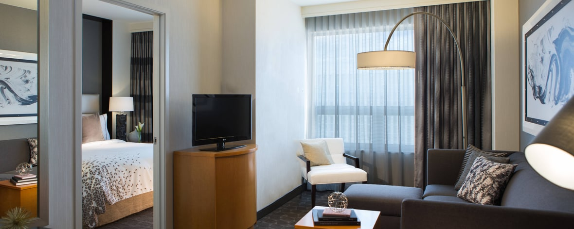 Rosemont, Chicago, Hotel | Renaissance Chicago O\'Hare Suites Hotel