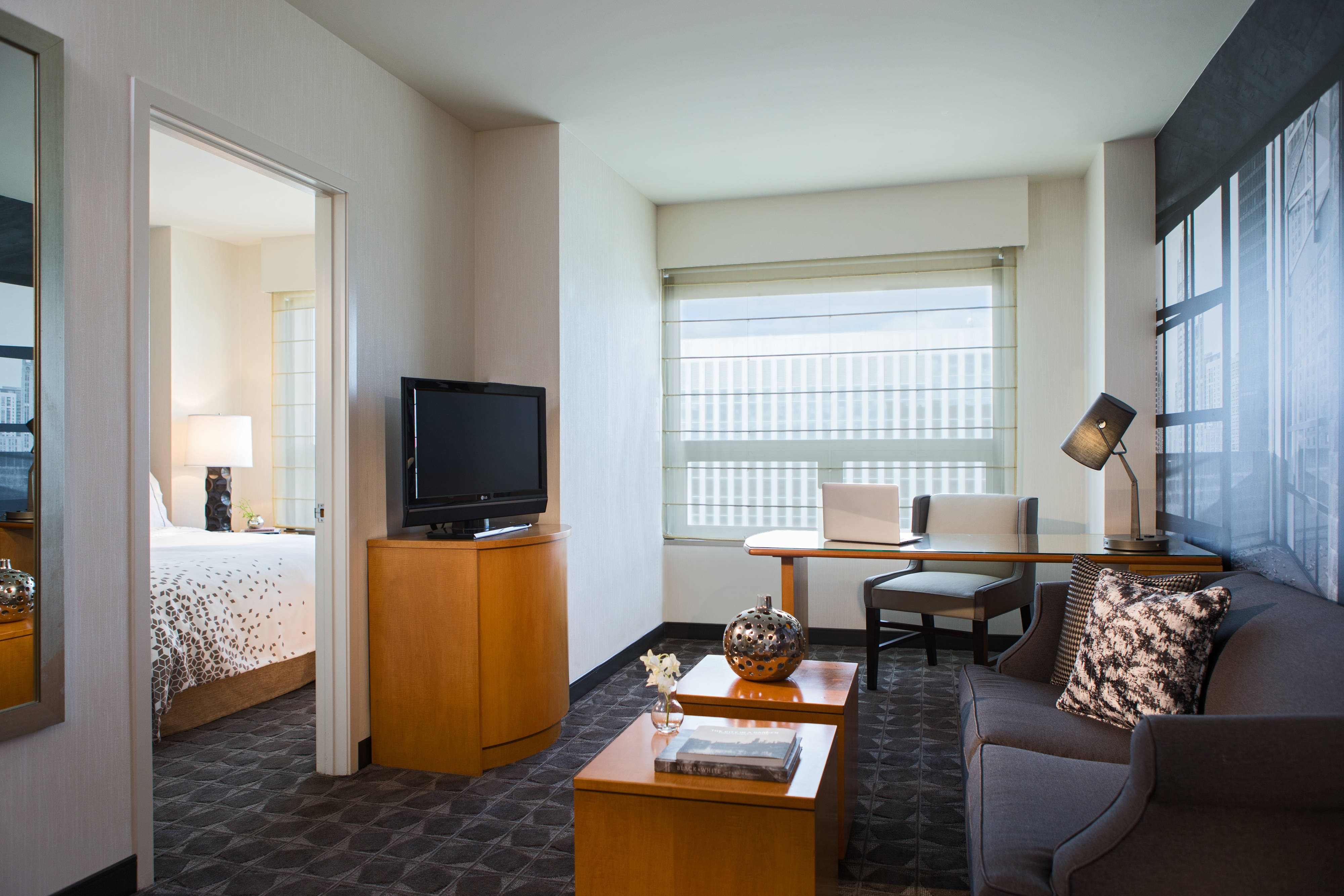 hotel suites near O'Hare