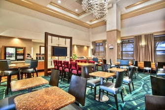 SpringHill Suites Chicago Southwest at Burr Ridge/Hinsdale Breakfast Seating Area
