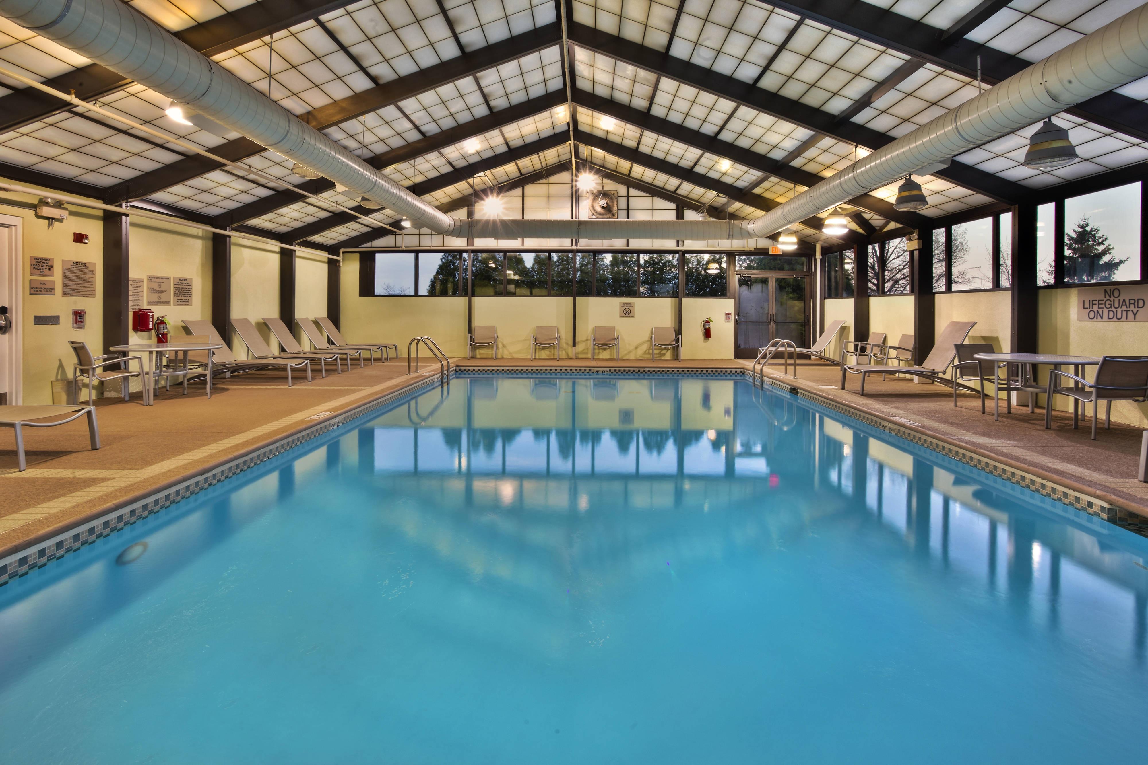 SpringHill Suites Chicago Southwest at Burr Ridge/Hinsdale Indoor Pool