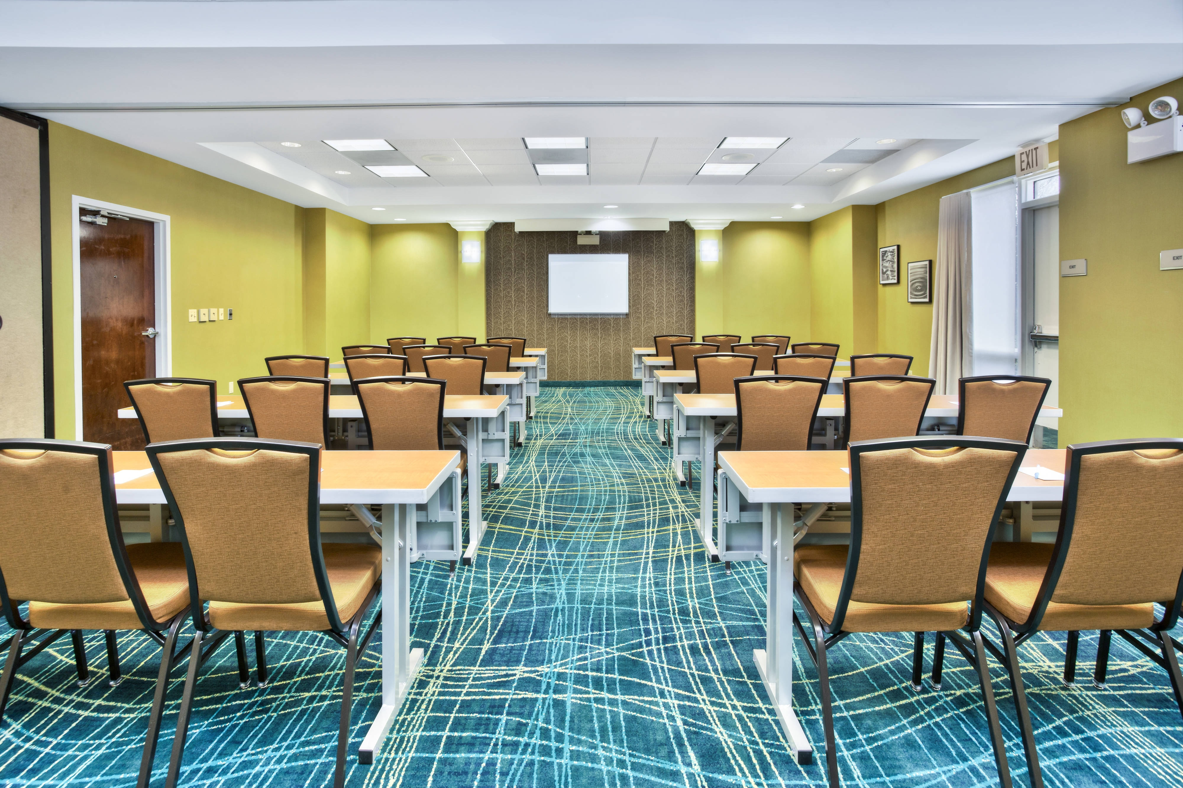 SpringHill Suites Chicago Southwest at Burr Ridge/Hinsdale Meeting Room Classroom Setup