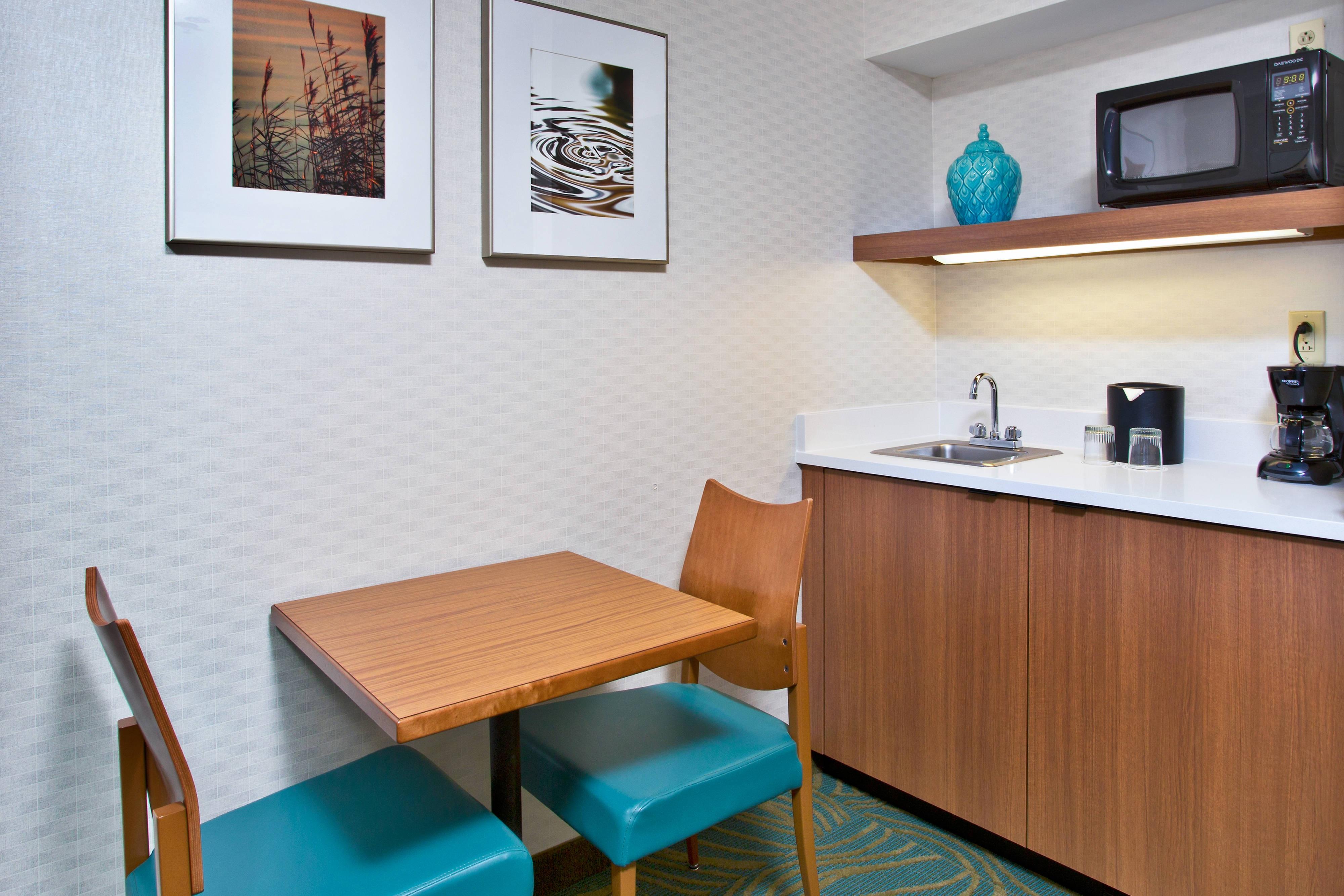 Double/Double Studio Suite Kitchenette SpringHill Suites Chicago Southwest at Burr Ridge/Hinsdale