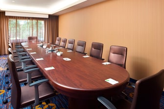 Midway Airport Hotel Boardroom