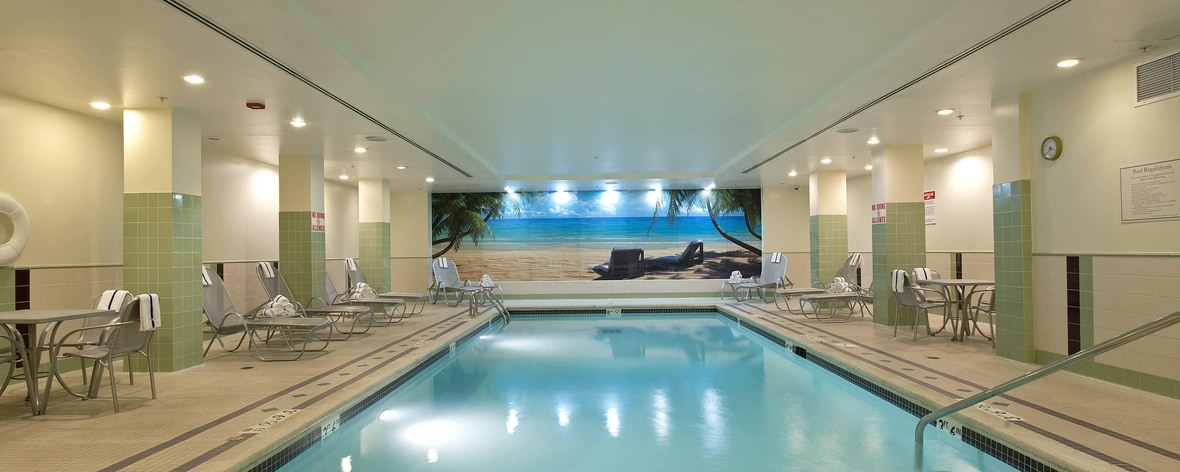 Innenpool im Springhill Suites Chicago O'Hare