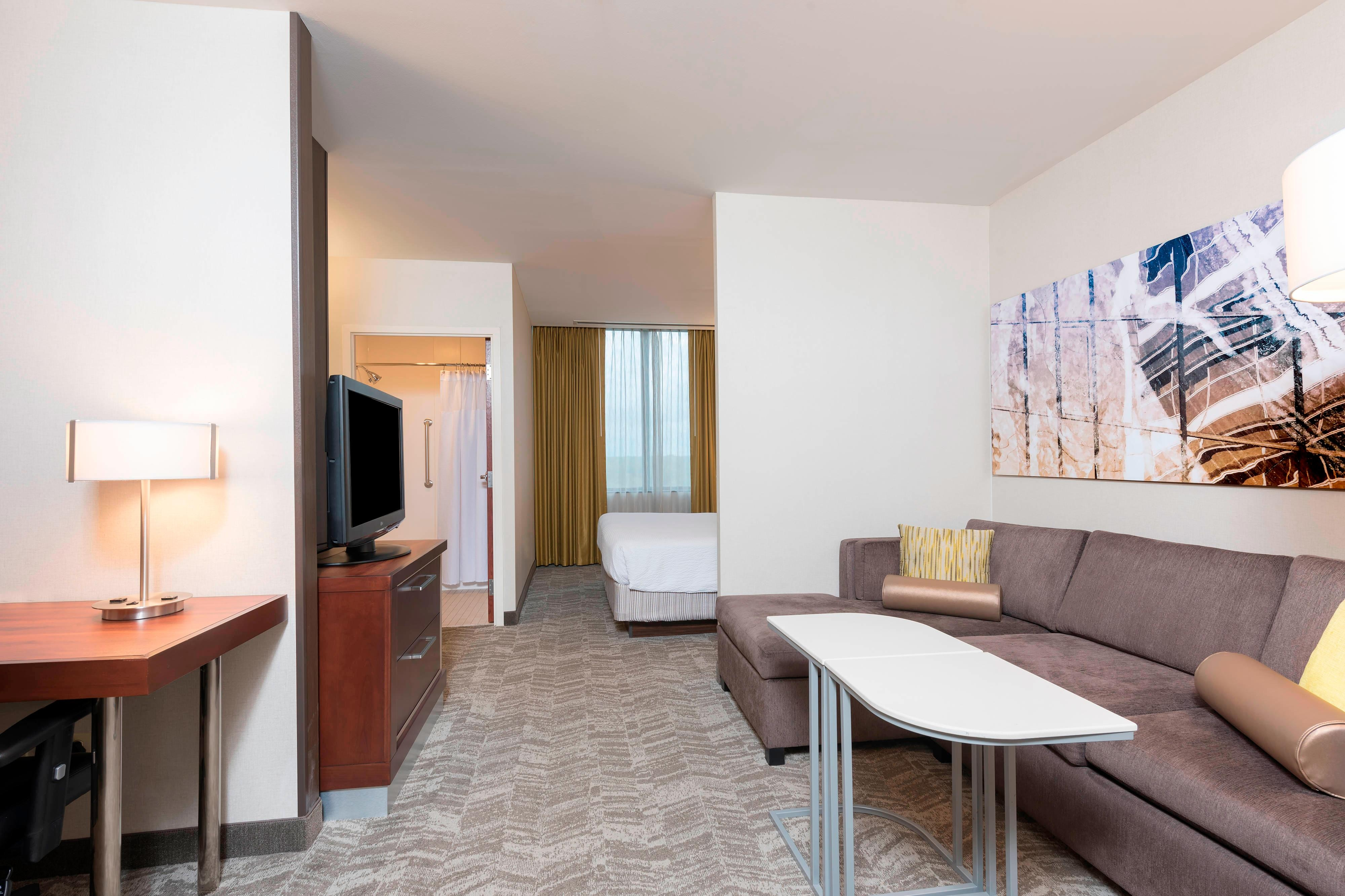 Full Suite Property In The Chicago O Hare Market