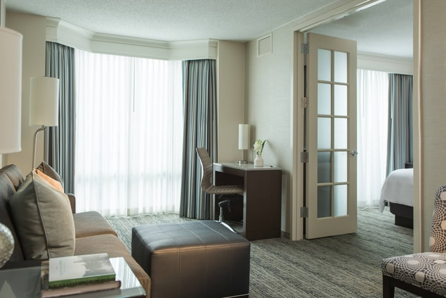 All-suite hotel