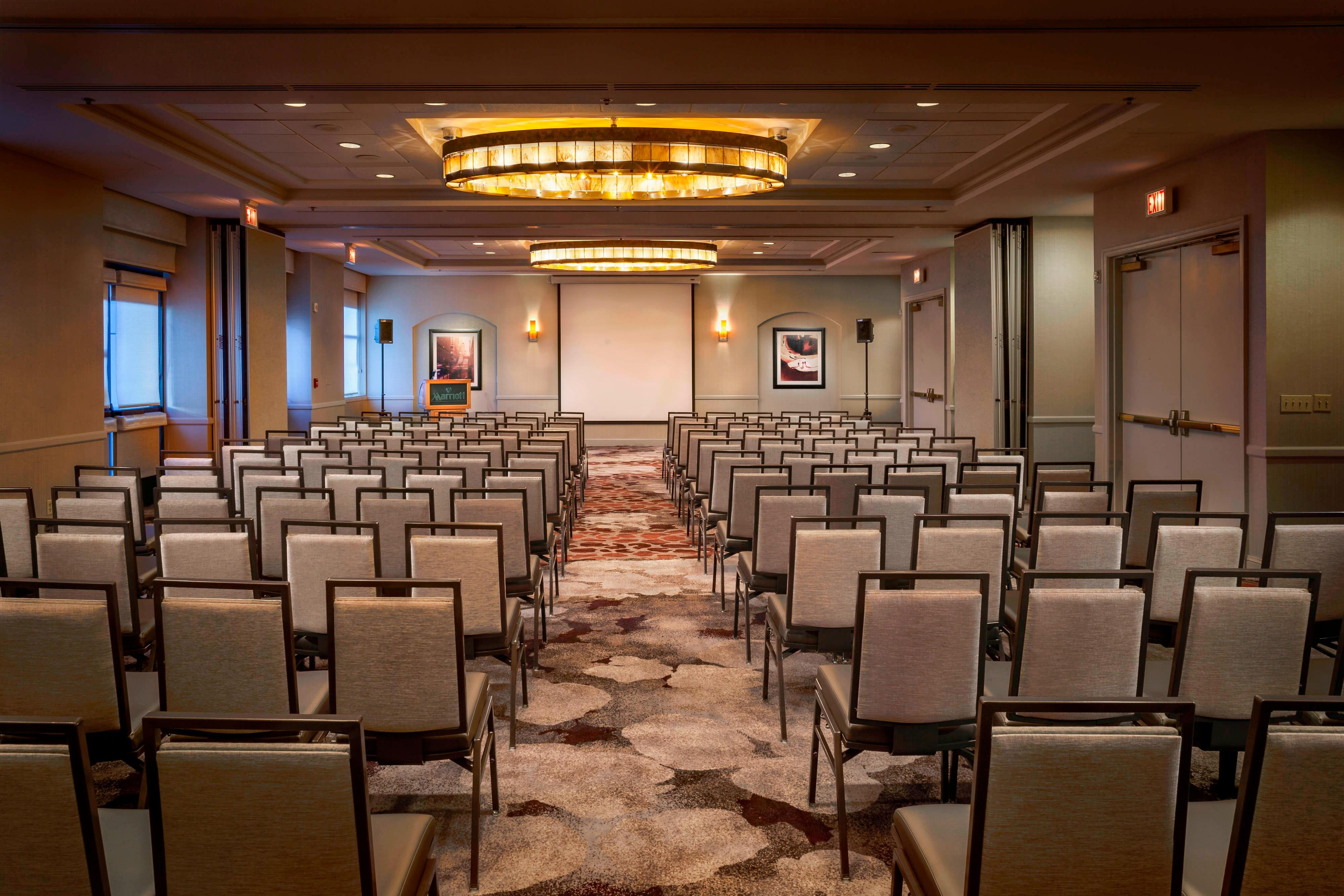 Lincolnshire Meeting Room at Chicago Marriott Suites Deerfield