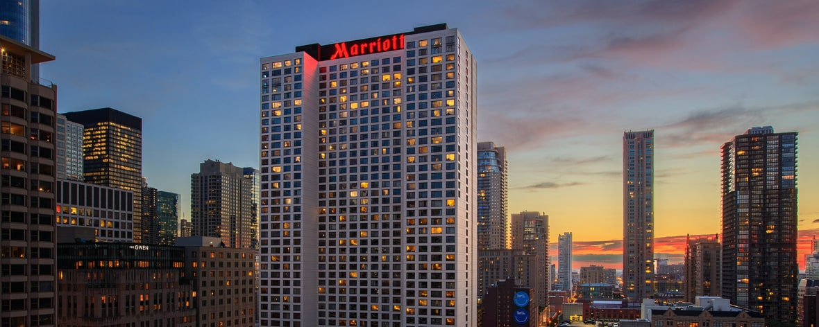 Mag mile hotel downtown chicago chicago marriott for Trendiest hotels in chicago