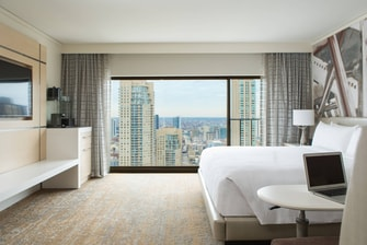 Magnificent Mile Guest room
