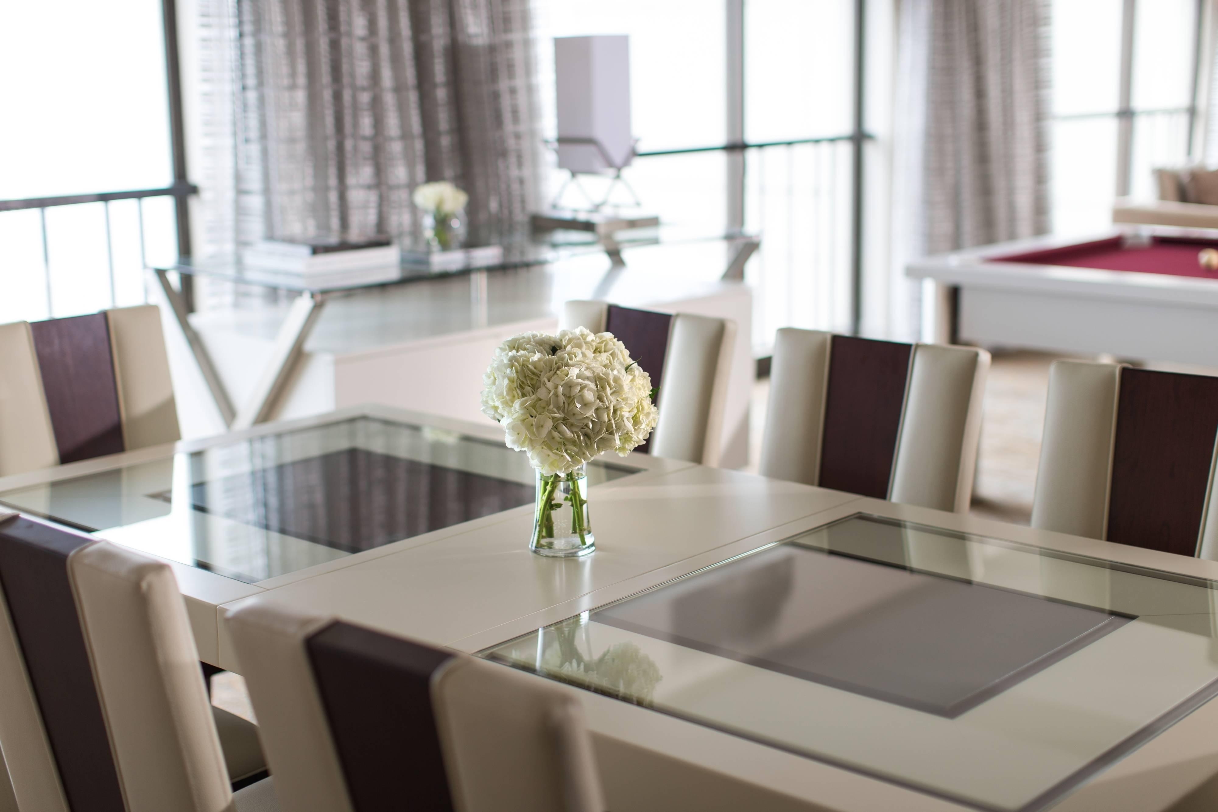 Magnificent Mile Hotel Suite